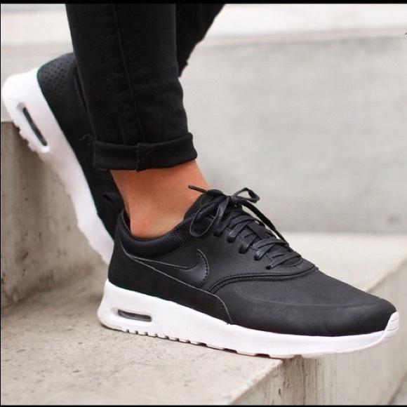 2dcac560ff Nike Air Max Thea PRM Black leather. M_5b7f17a67ee9e2f689e763fd
